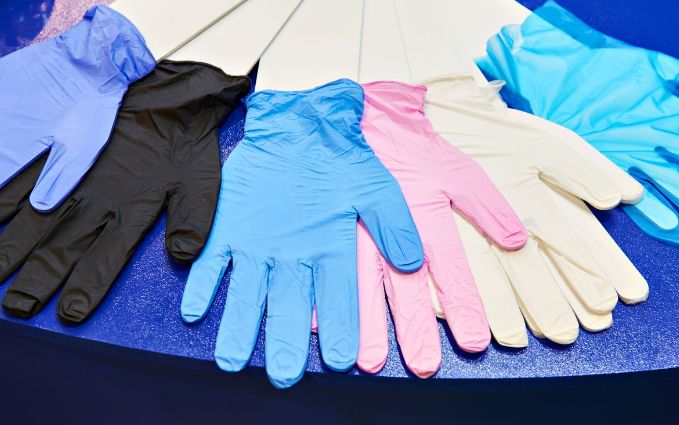 What is a good thickness for nitrile gloves